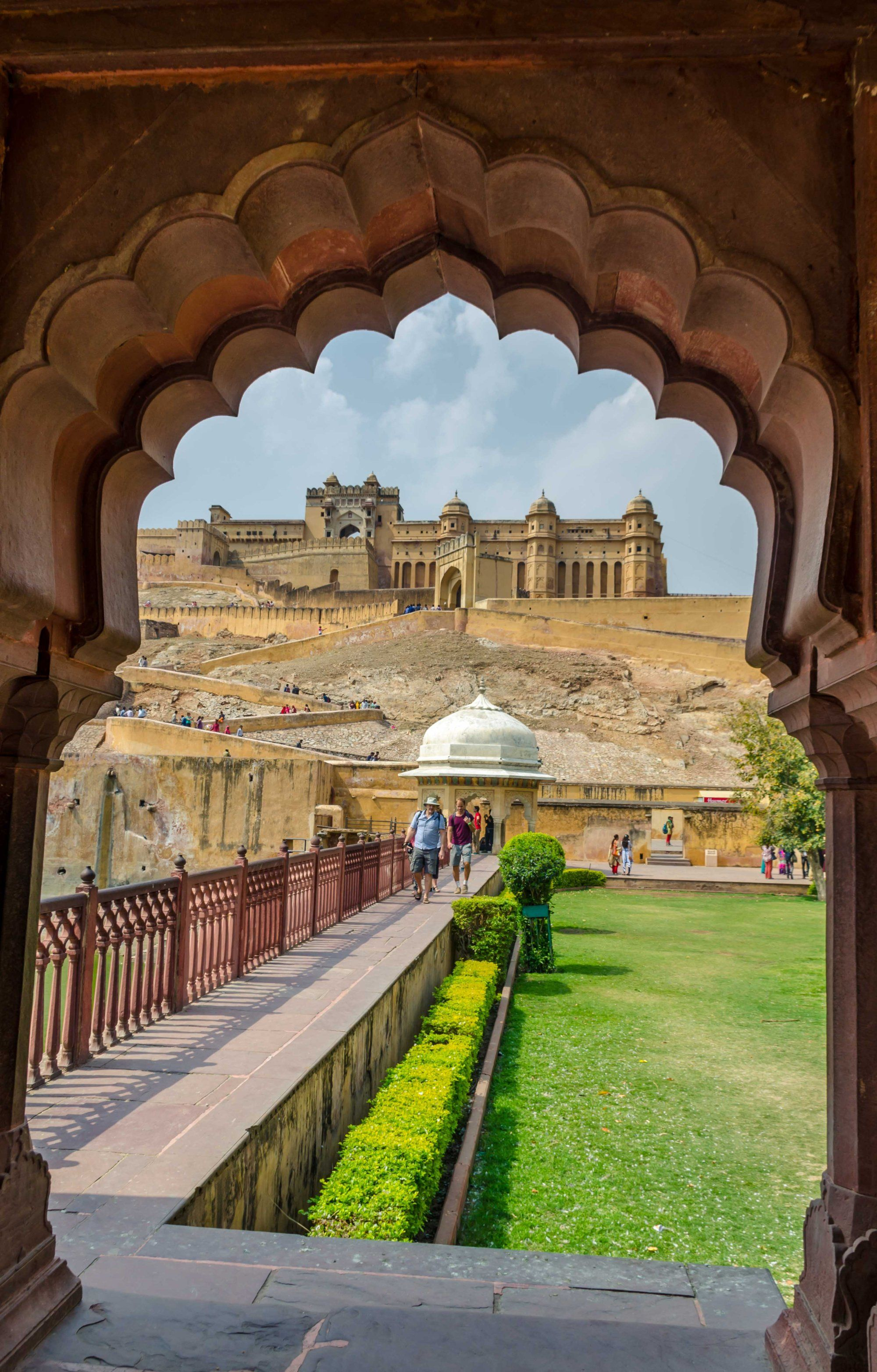 Jaipur A Postcard Perfect Picture Of Amber Fort Pronounced Amer Quick Travel Photography Wallpaper Jaipur