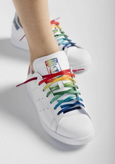 low priced 049aa 6e477 Coleção da adidas Originals celebra a diversidade sexual e o orgulho LGBT…
