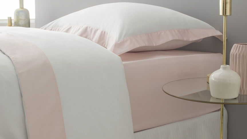 Drap Housse Luxe Satin De Coton Rose Poudre Blush Avec Images Satin De Coton Parure De Lit