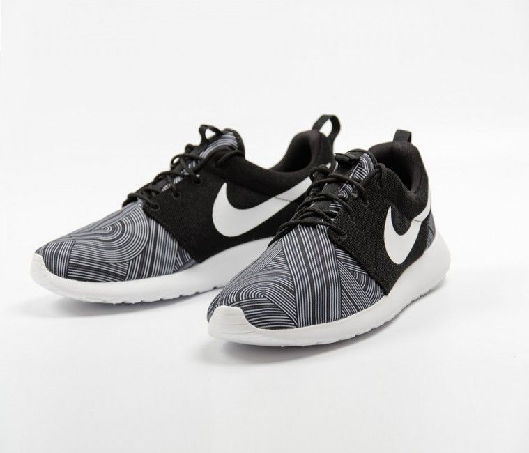 new styles 352a1 a781e Nike Roshe One Print - Black / Shark - Wolf Grey - White ...