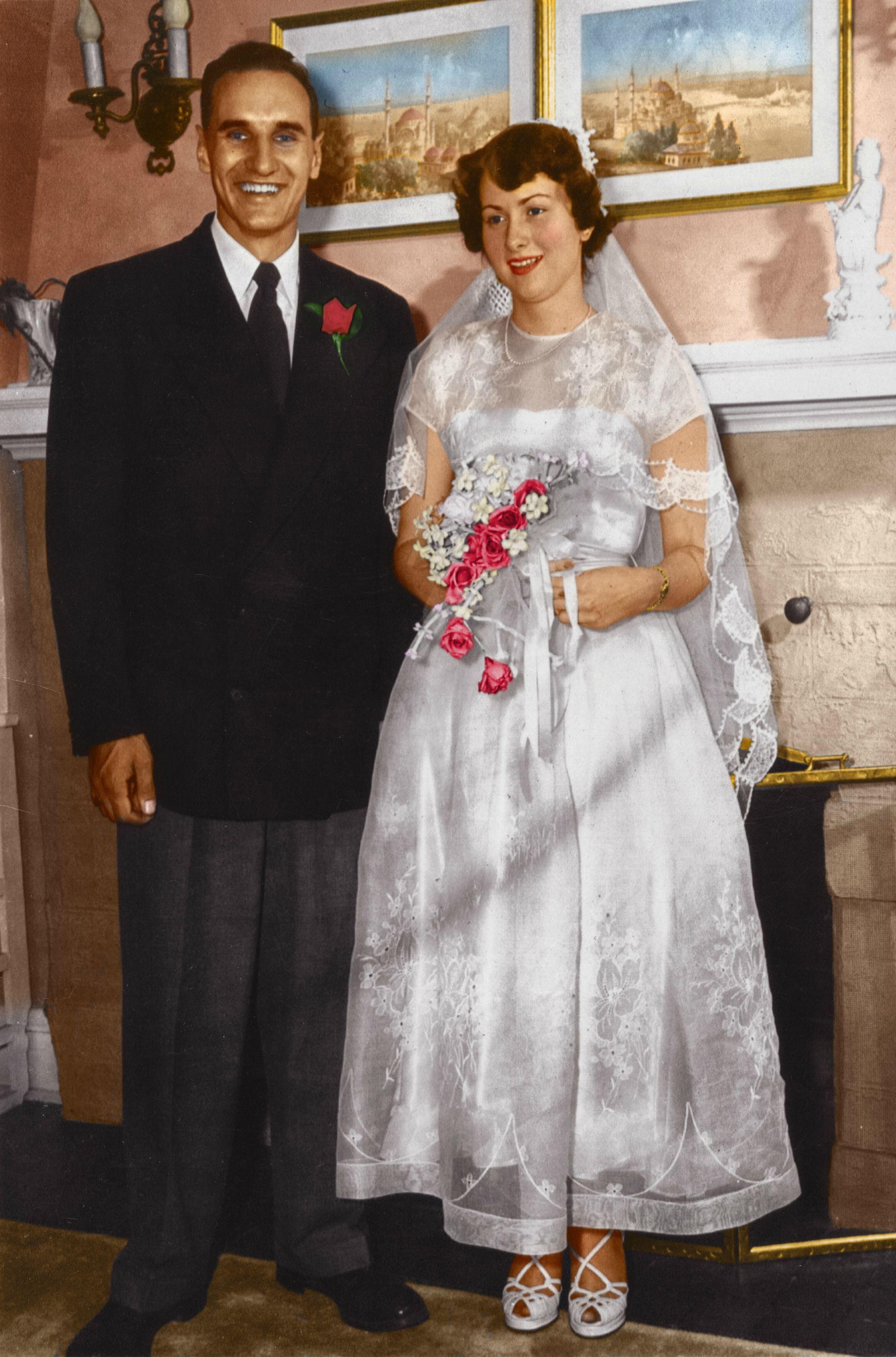 Abiti Da Sposa 1950.Immagine Matrimonio Di Pasqua Saffi Su Matrimoni Del 1950