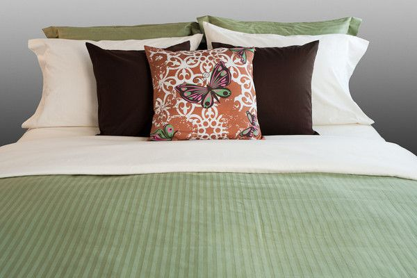 """Lynn Canyon"" Organic Bedding Collection"