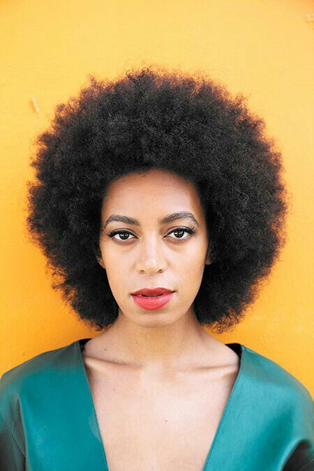 Solange Knowles Afro Beauty Coiffure cheveux naturels