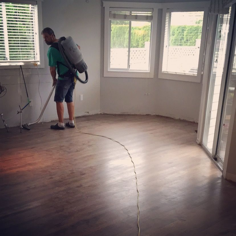 Hardwood Floors Are Hypoallergenic Durable And Long Lasting When Well Maintained Which Is A G Types Of Wood Flooring Modern Wood Floors Light Hardwood Floors
