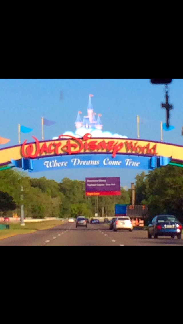 Went here in June!!! I couldn't stop singing Disney songs!!'✌️✌✌✌✌