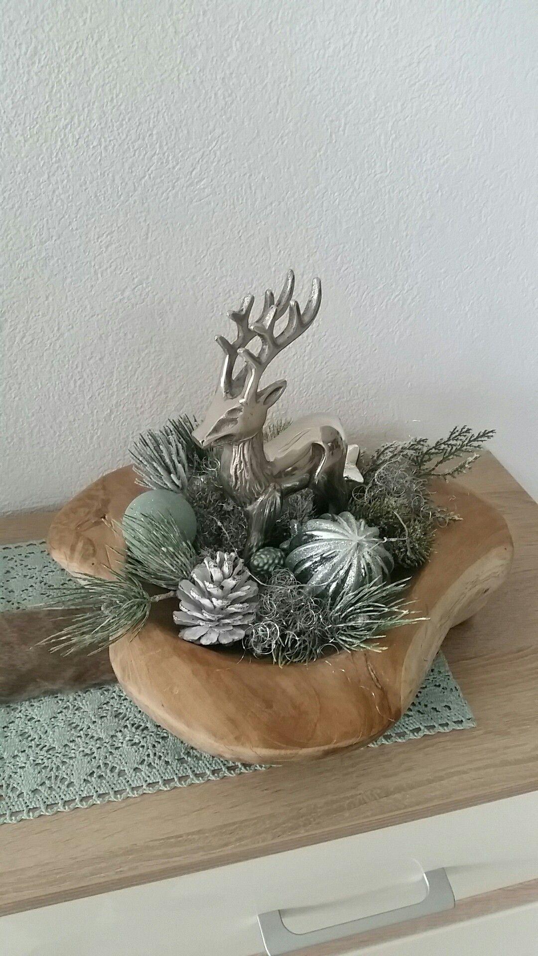 Holzschale mint mit hirschfigur weihnachtsdeko for Holzschale dekorieren