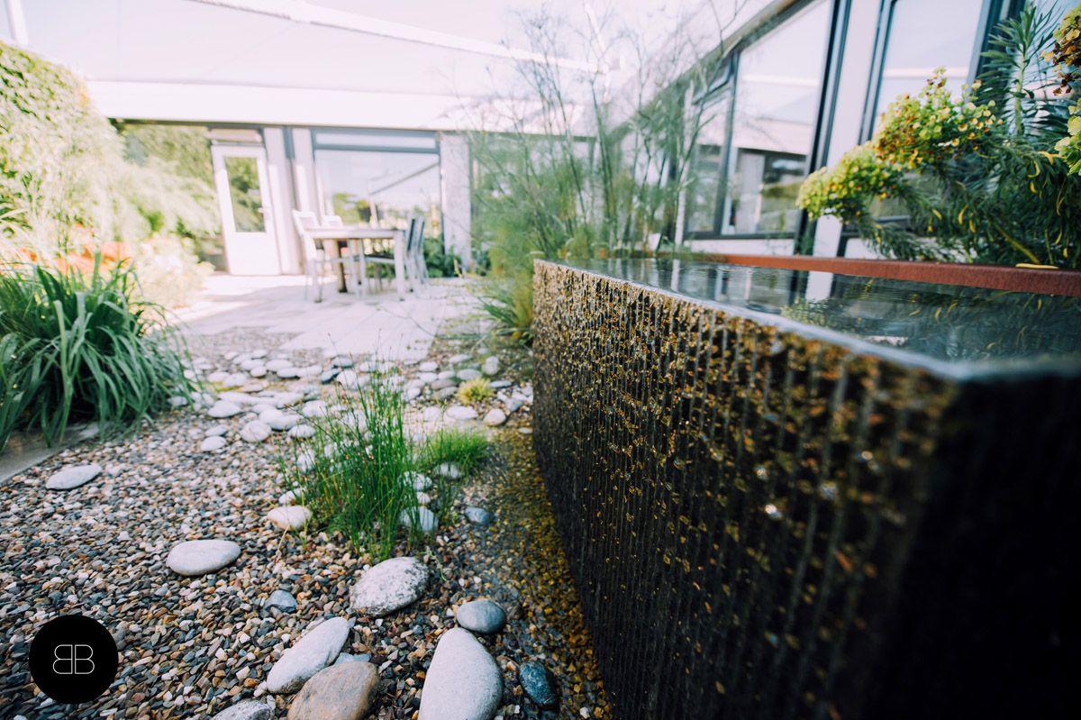 Natuursteen waterspiegel