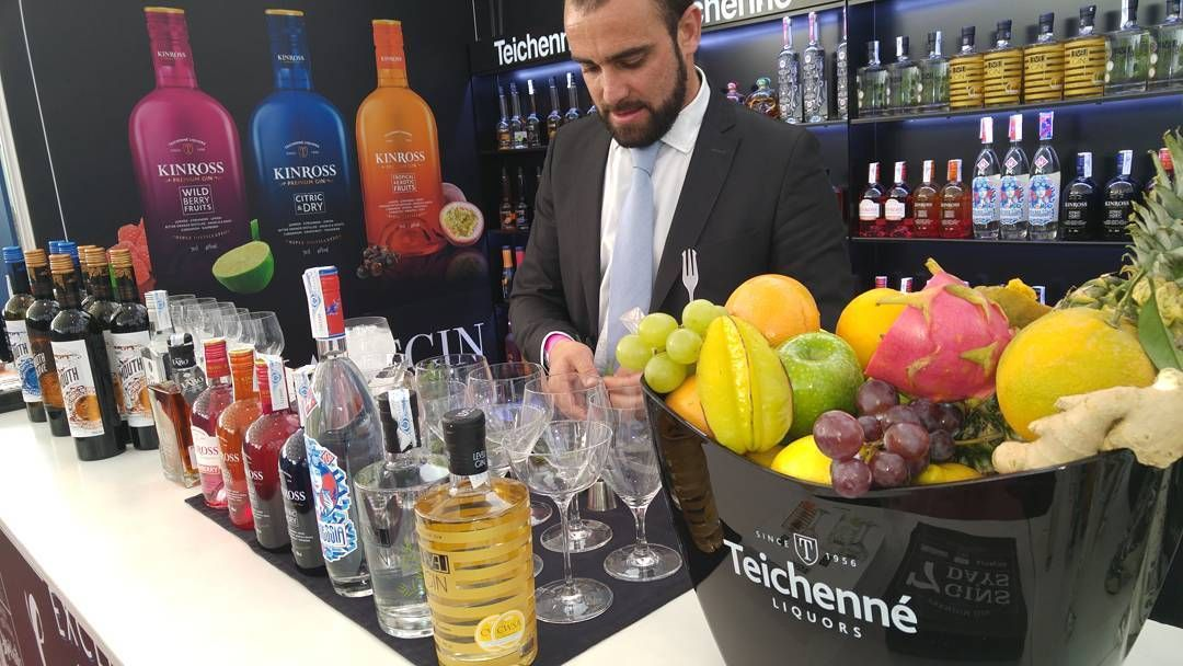 #FIBAR2016 @FIBARValladolid #valladolid #lgg4 #mixology #cocktails #instagram #socialmedia #spain #cocktail #love #colorful #instacolors #marketing #bottle #follow #barman #bar #socialmarketing #color #colour #fun #ink #creative #instagood #follow4follow #beautiful #city #inspiration #live