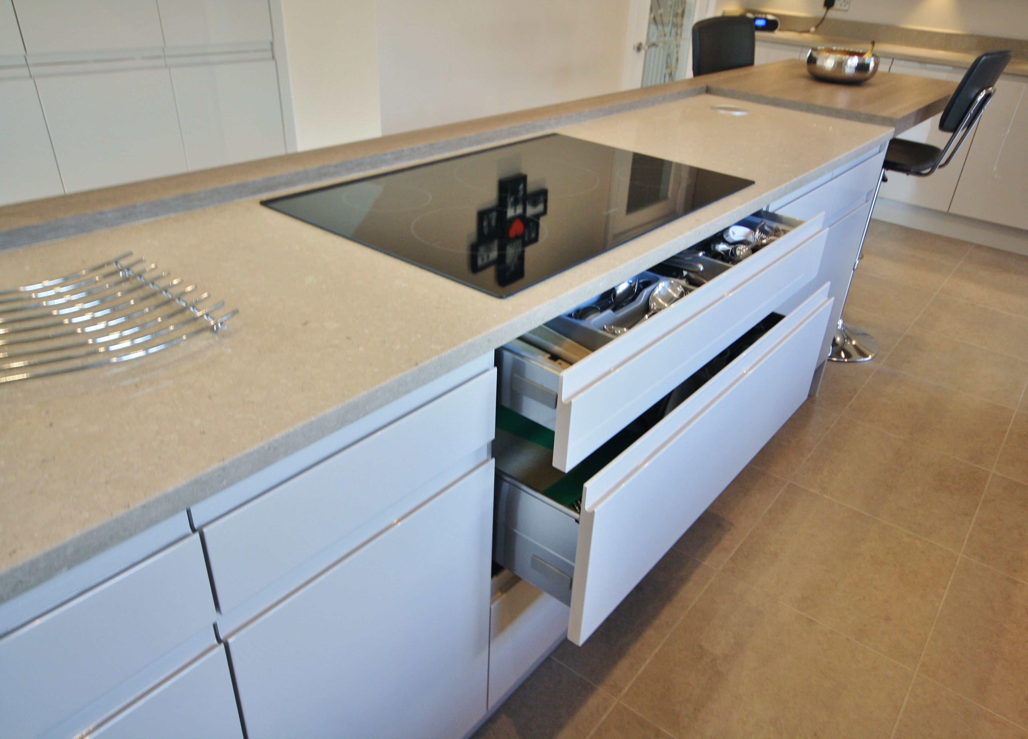 Old Fashioned Kitchen Hob ~ Pan and cutlery drawers for under the hob in island
