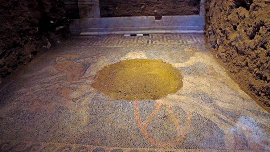Greece Ancient Tomb-1.jpg