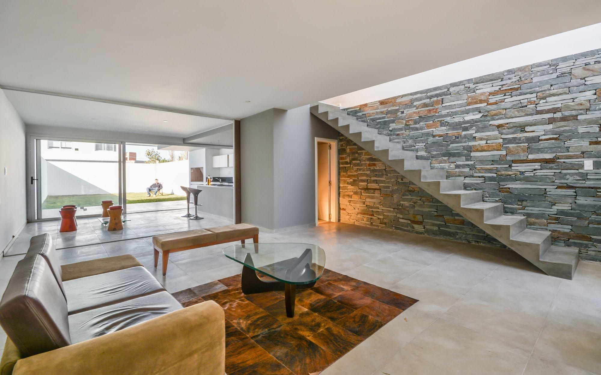 Galería de Casas Adosadas / Estudio A+3 - 4 | Escaleras de concreto ...