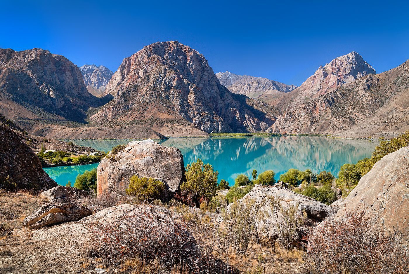 Trip To The Iskanderkul Tour Country Tajikistan City Dushanbe Duration 4 Day S 3 Night S Arrival To Dushanbe Dushanbe Cit In 2020 Lake Trip Trip Asia Travel