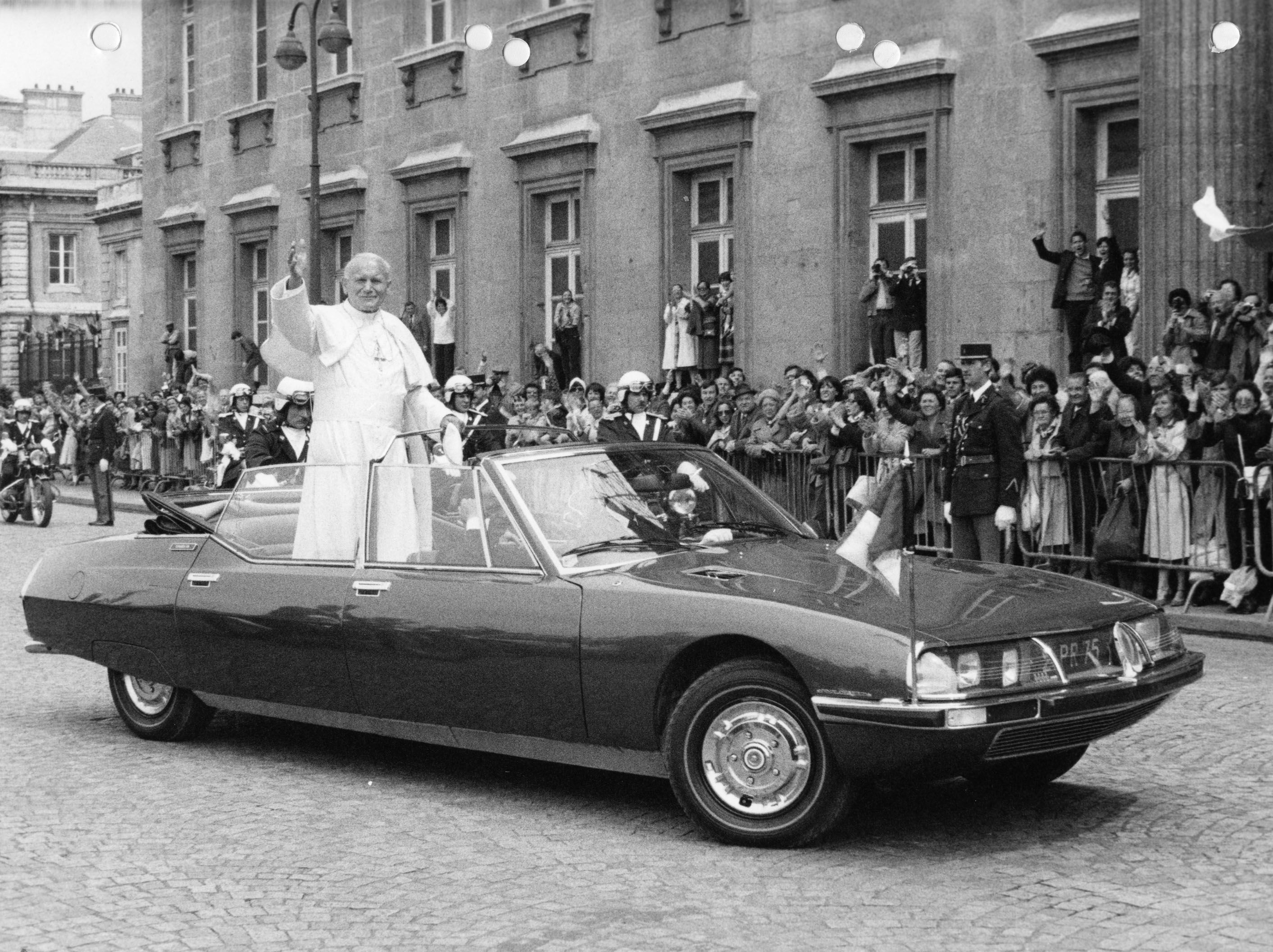 Pope John Paul Ii In A Citroen Sm Presidentielle By Henri Chapron