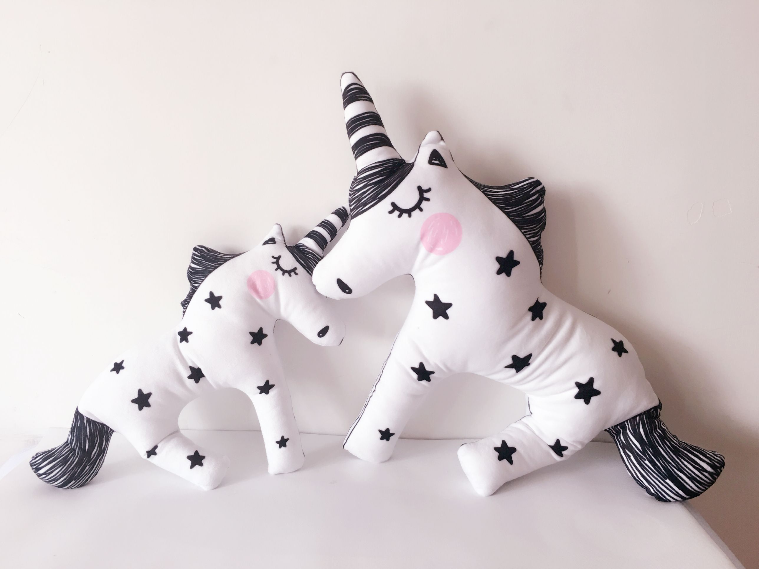 Black And White Unicorn Pillow Plush Doll Toys Kids Nursery