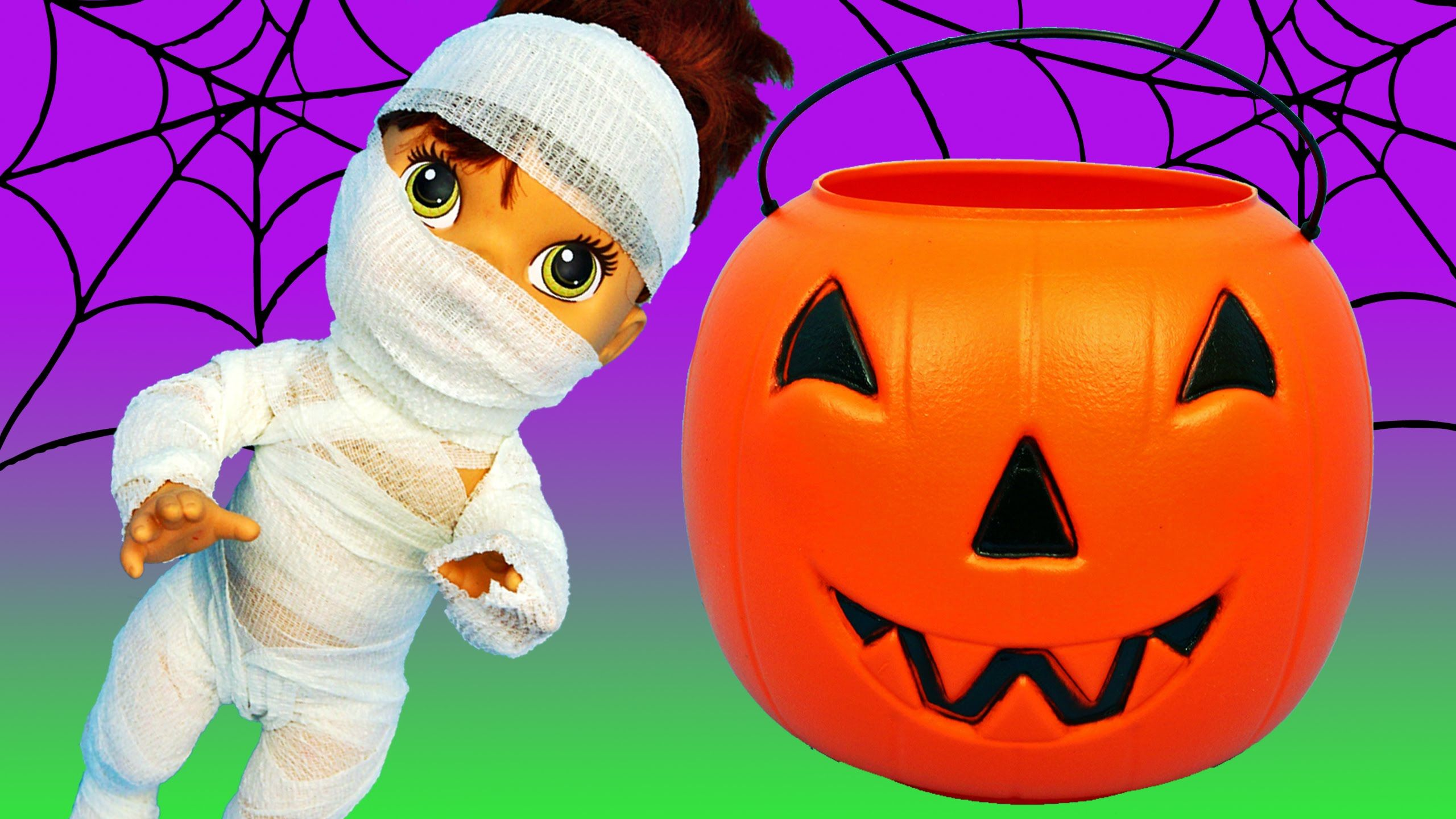 baby alive lucy gets mummy halloween costume surprise toys trick or