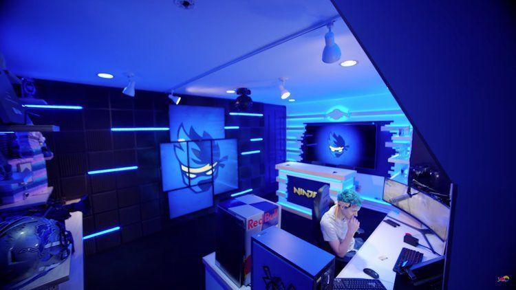 Ninja Room Game room, Streaming setup, Gaming room setup