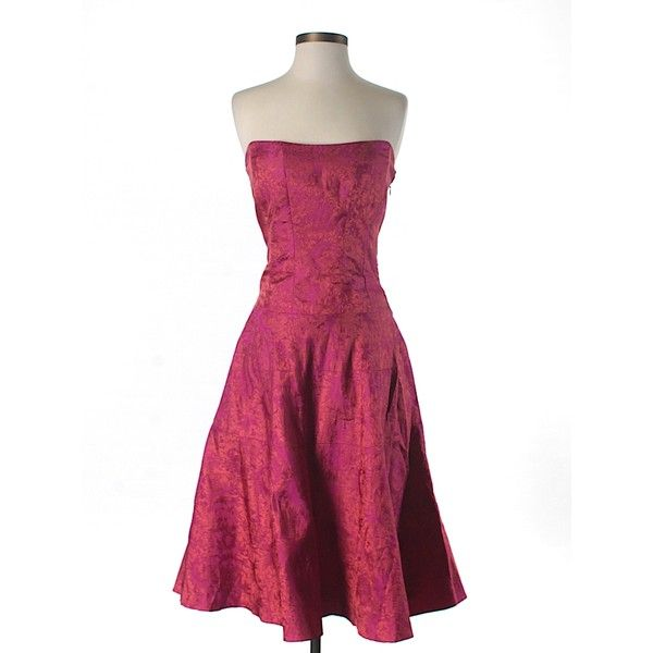 Pre-owned Nicole Miller New York City Silk Dress Size 6: Pink Women's... ($90) ❤ liked on Polyvore featuring dresses, pink, nicole miller dresses, nicole miller, pink silk dress, silk cocktail dress and silk dress