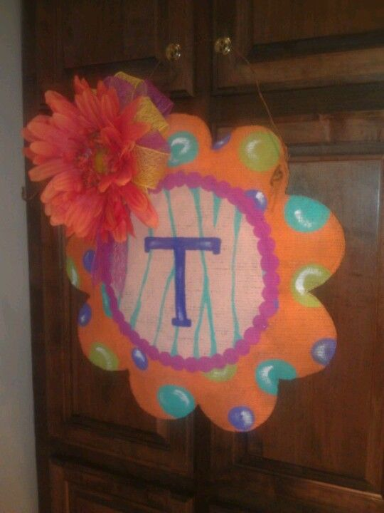 I wanted something on my door, bright and fun for the summer time.
