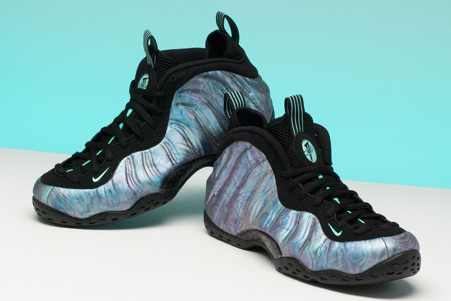 NikeAirFoampositeOneHologram1Survey of shoes