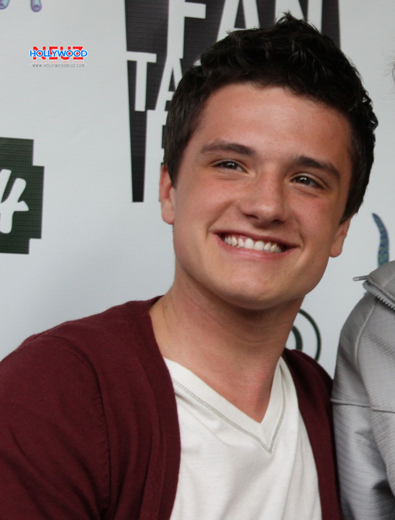 Josh Hutcherson: his films, photos, biography and details of his personal life 7