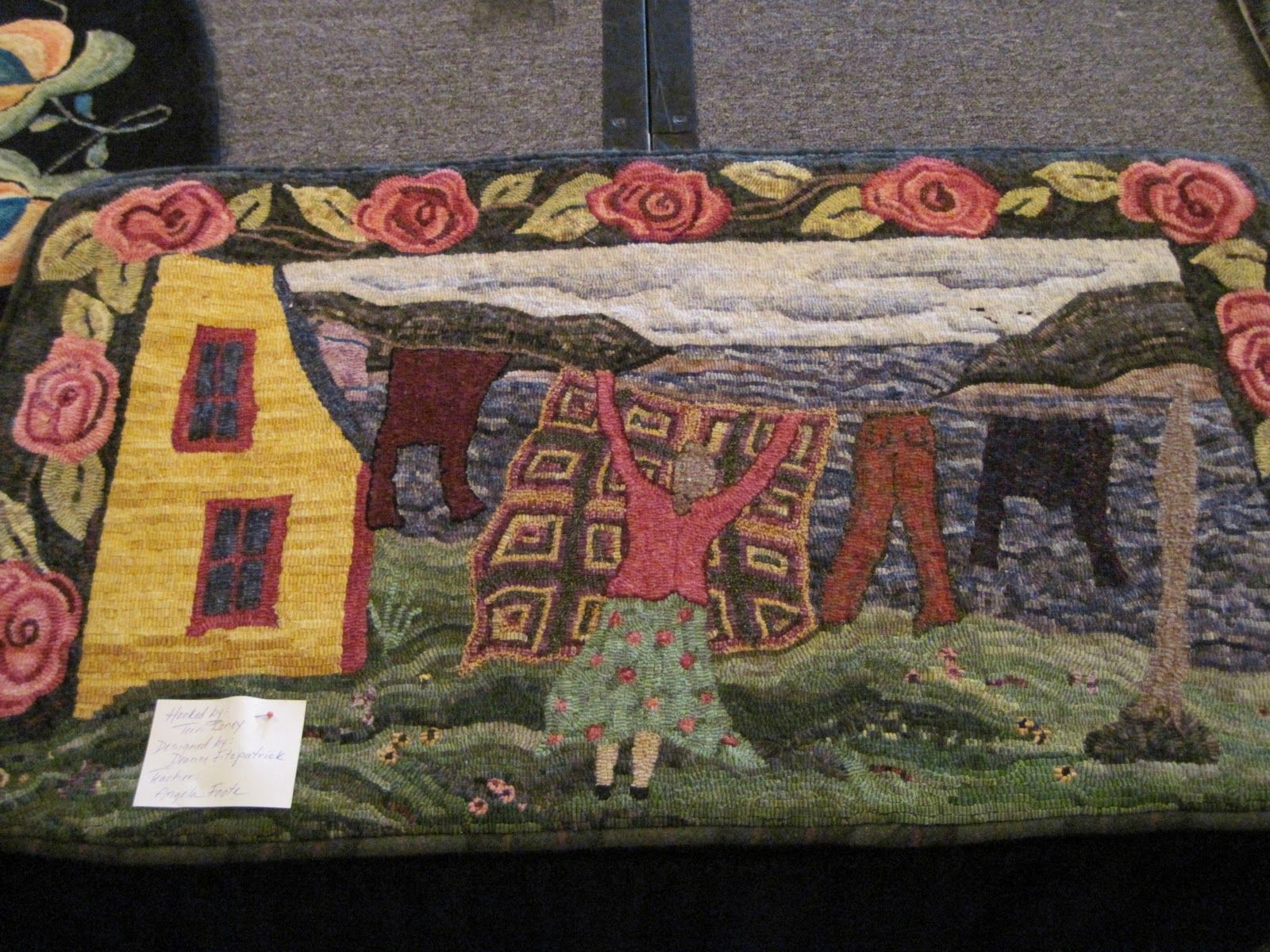 Based On The Lid Of A Vintage Tin Hooked Rugs Primitive Rug Hooking Hand Hooked Rugs