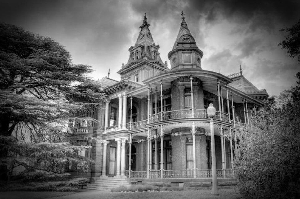 The Most Haunted Places In Austin Tx Haunted Rooms America In 2020 Best Haunted Houses Houses In Austin Most Haunted Places