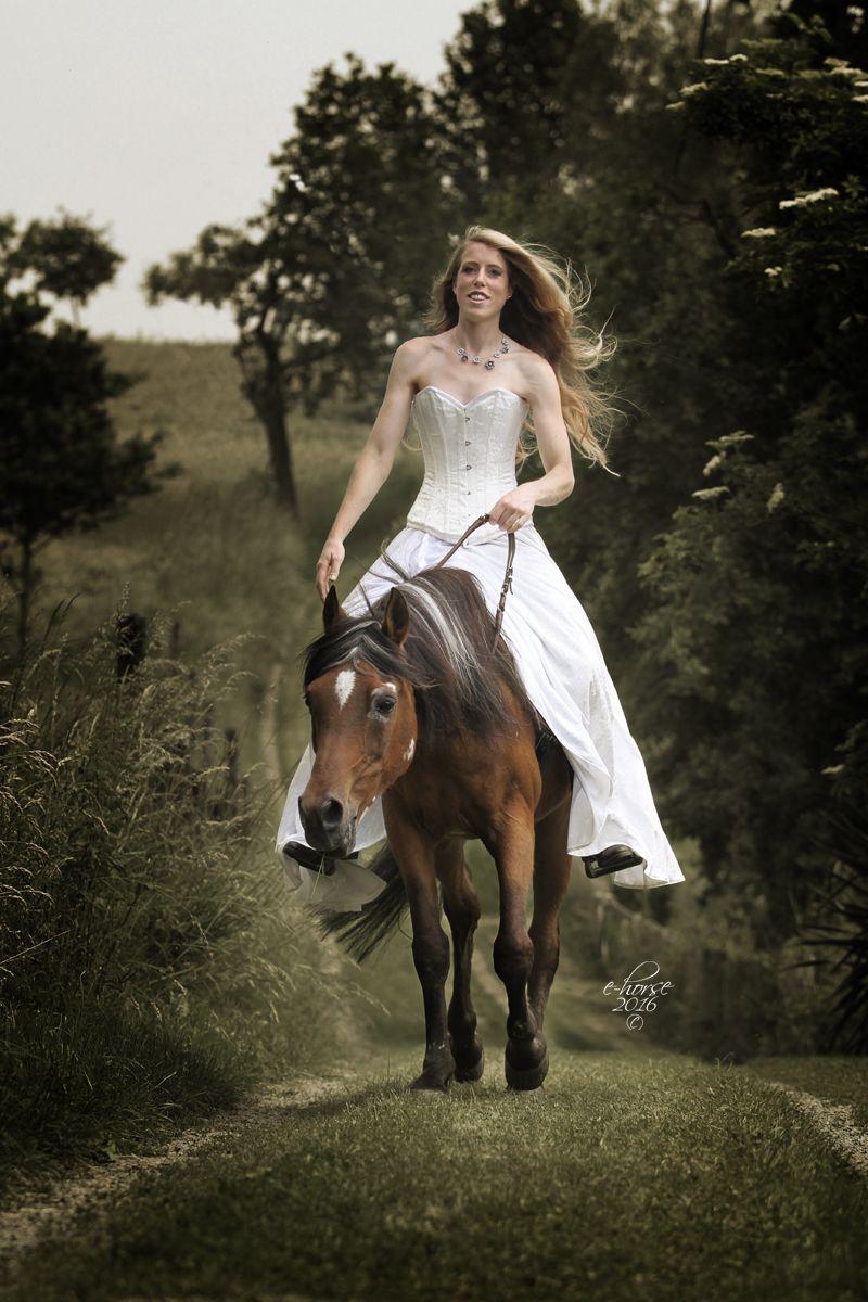 Paardenfotografie - fotoshoot met paard in thema naar keuze