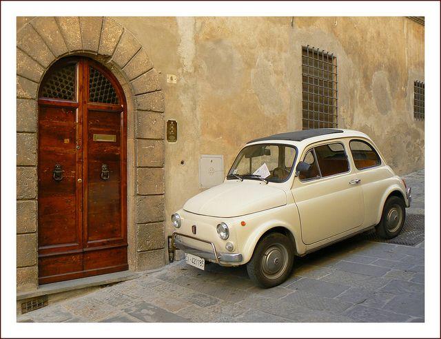 | ♕ | FIAT 500 in Montepulciano | by © jolivillage | via ysvoice