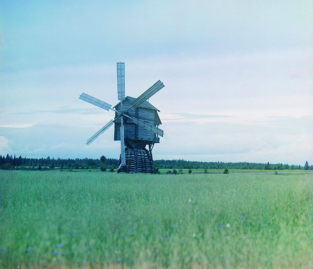 Windmill, Russia, 1909, photo by Prokudin-Gorsky