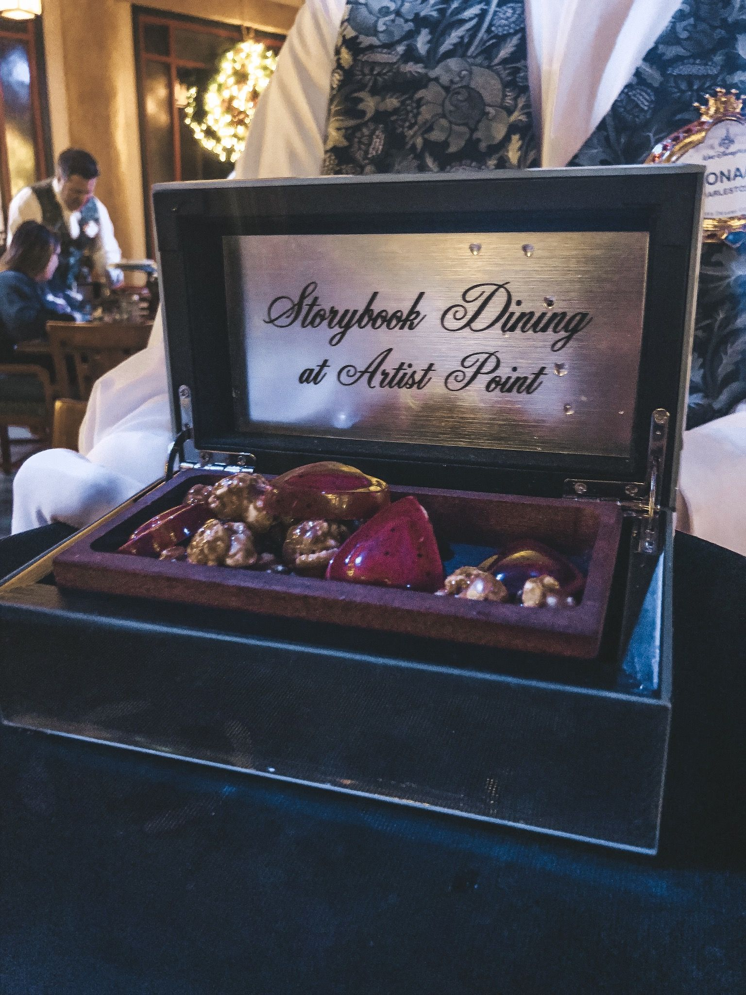 Storybook Dining at Artist Point • WDW Vacation Tips