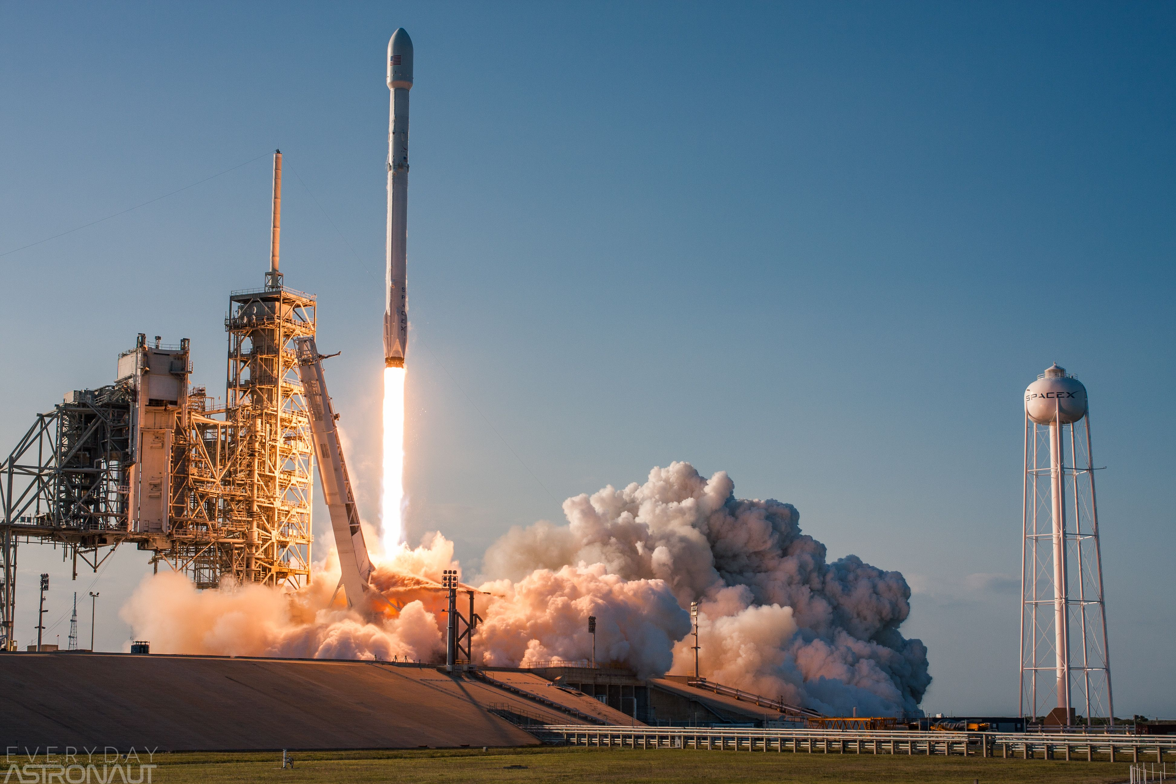 INTERESTING PHOTO OF THE DAY SPACEXS FIRST REUSED ROCKET LAUNCH