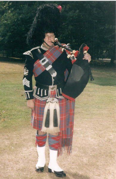 There is nothing quite like the sound of the Highland Bagpipes to evoke emotion. Your guests will feel like Royalty as they are Piped into the event.    Whether you want a classic touch to a wedding ceremony or a surprise birthday party. This piper can tailor the service to meet your needs.