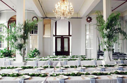 Organic Moss Table Decor Metropolitan Building   Iu0027ve Just