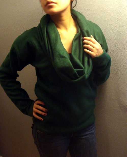 Cowl-Neck Sweater From Fleece Blanket | Blanket, Diy clothing and ...