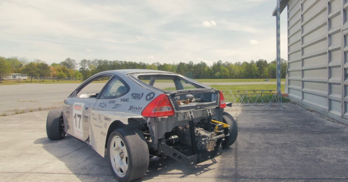 bit.ly/2oskBis This Subaru-powered Honda is the rebel of the hybrid car world