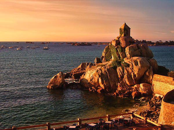 Cote De Granit Rose Pink Granite Coast Places To Visit Tourist Attraction Tourist