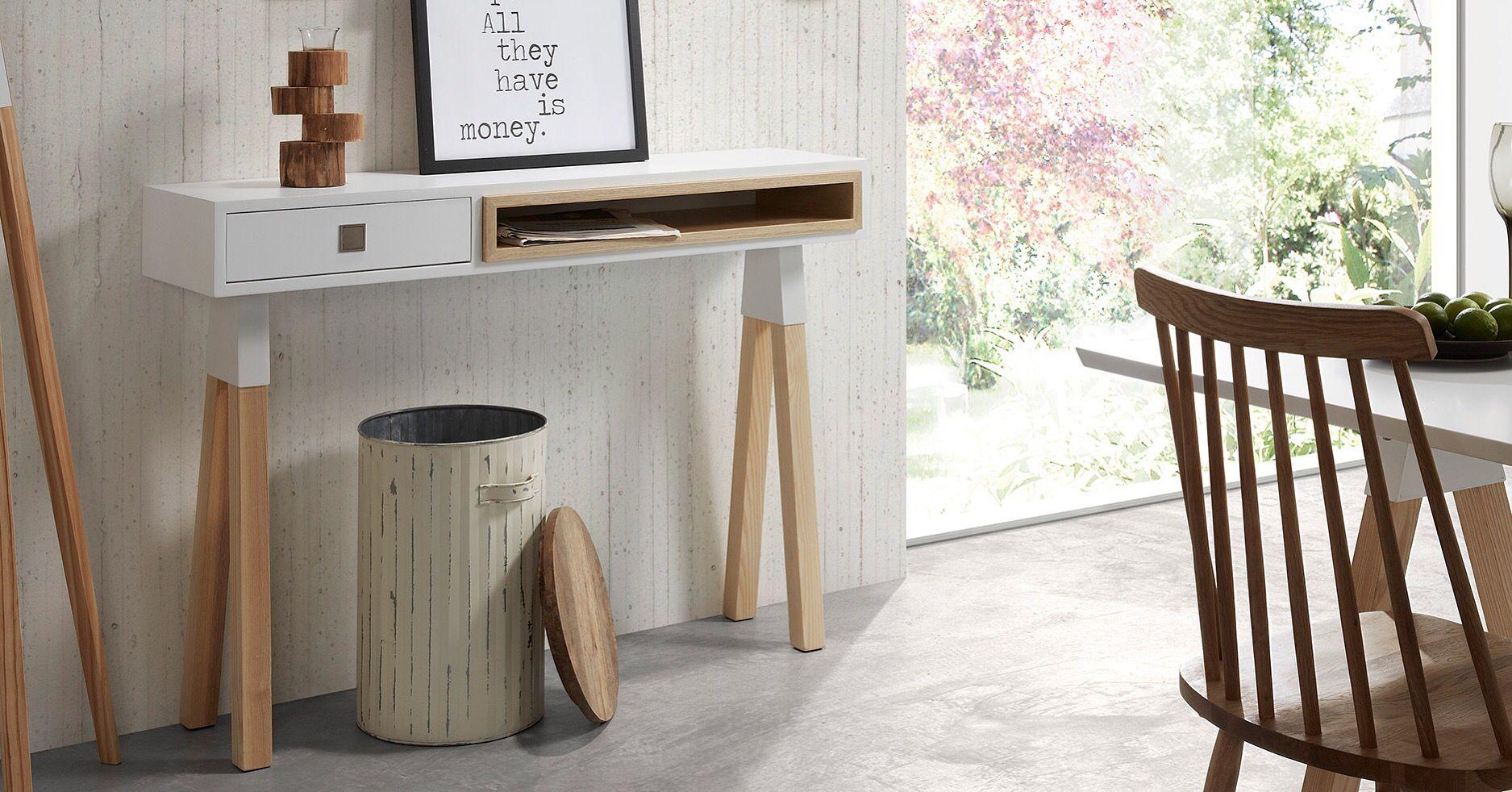 Konsollbord fra kolleksjon STICK.  www.mirame.no #spisebord #benk #kjøkkenbord #kjøkken #spisestue #gang #ask #design #interior #interiør #mirame  #stick #norskehjem #møbler #innredning