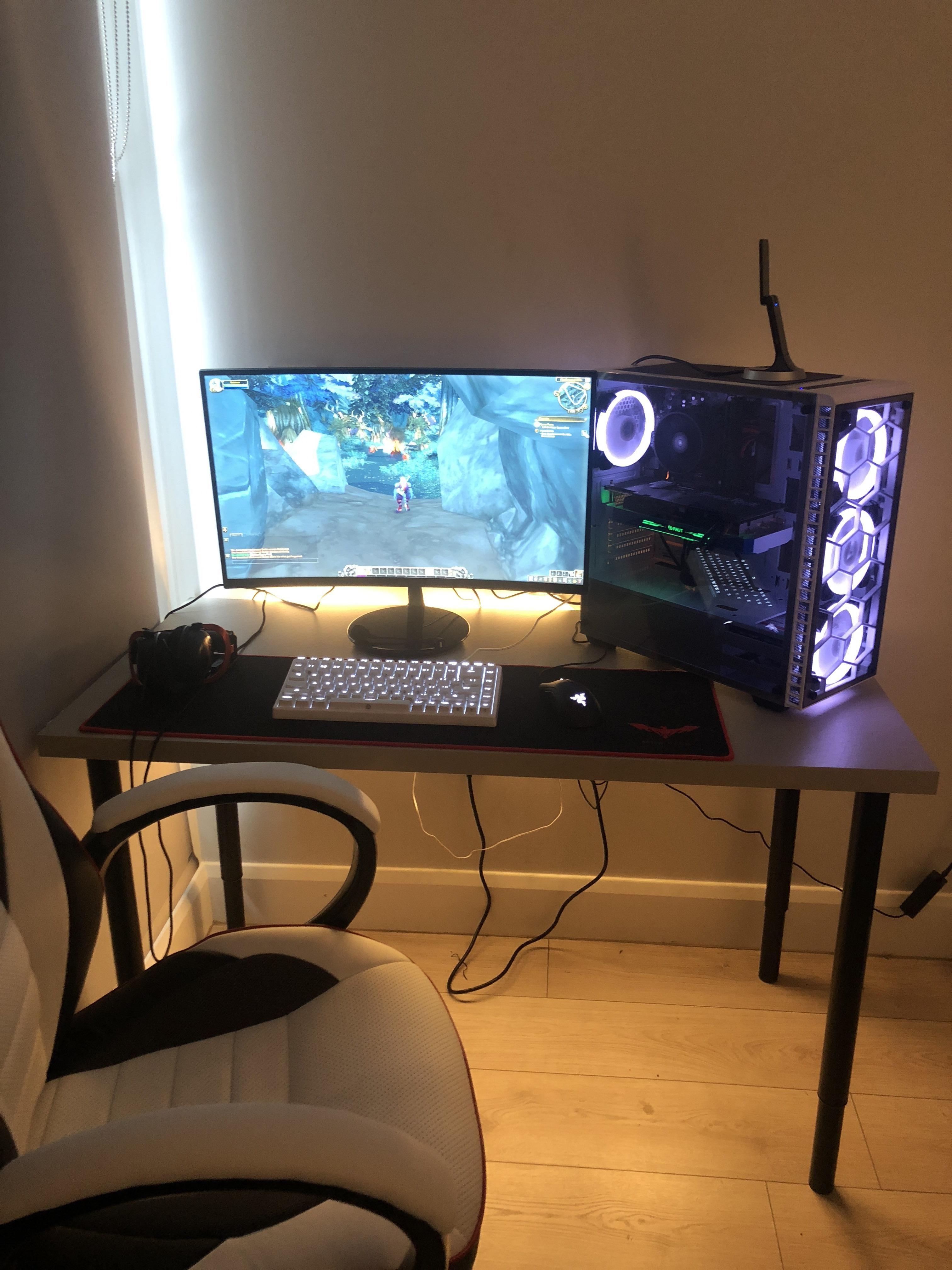 - 826 Best Desk Setup Images In 2020 Desk Setup, Room Setup, Setup
