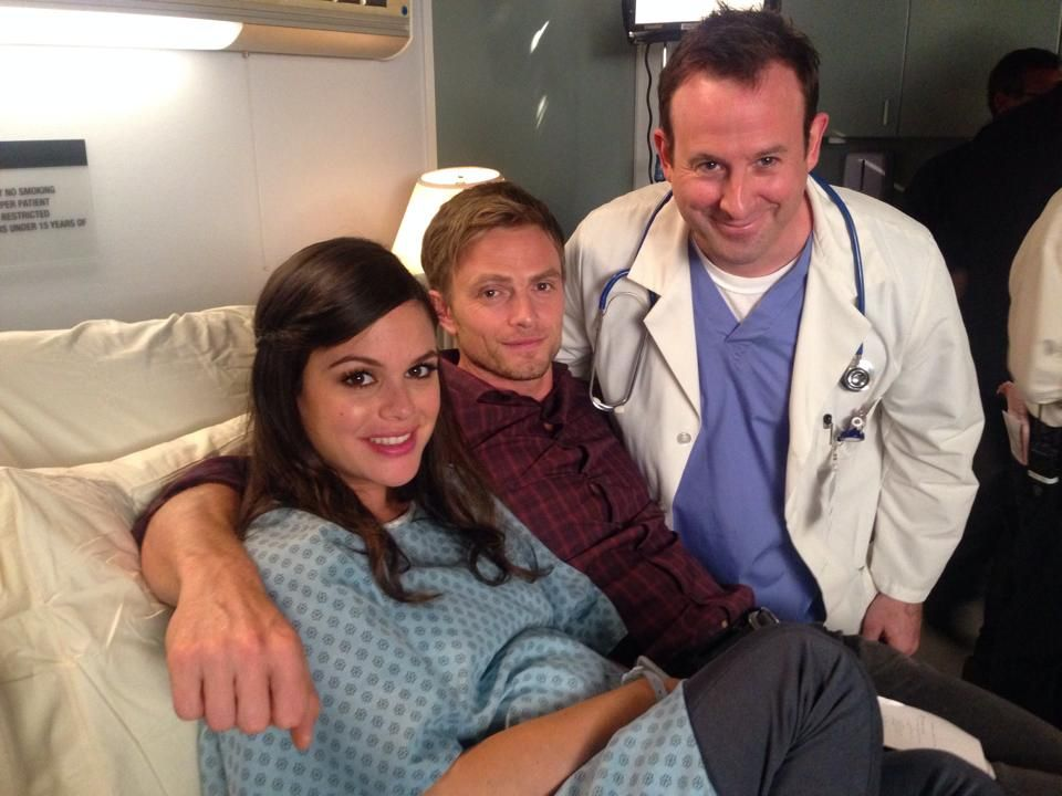 Rachel Bilson & Wilson Bethel Hart of Dixie behind the scenes - season 4