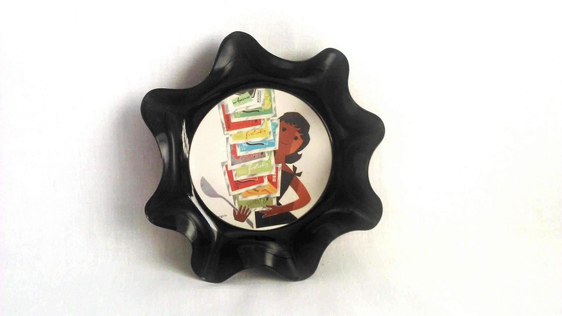 Coupelle design et rétro , série For me K , upcycling de disques vinyl : Cuisine et service de table par vnealstory