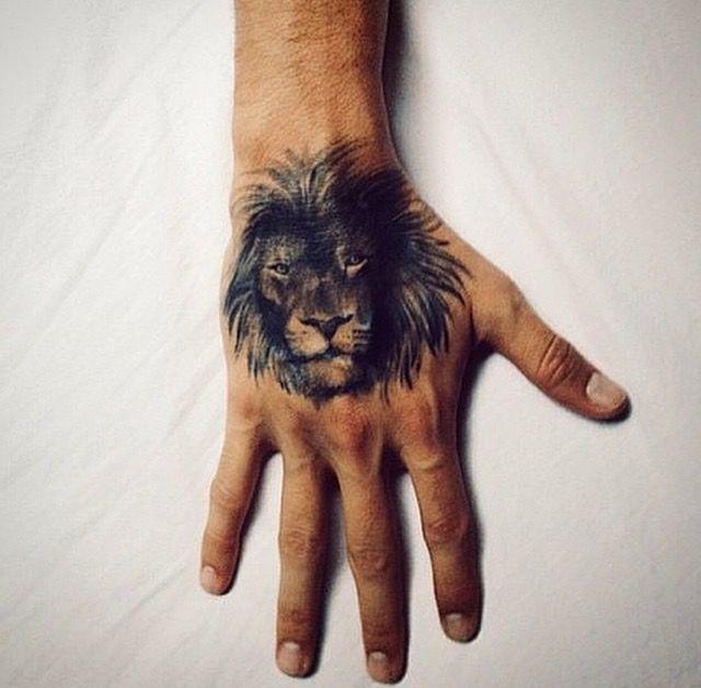 Cuarto tatuaje, representa el nombre de mi hijo LUAN de origen chino significa LEON!   Tatuador : BLAKO