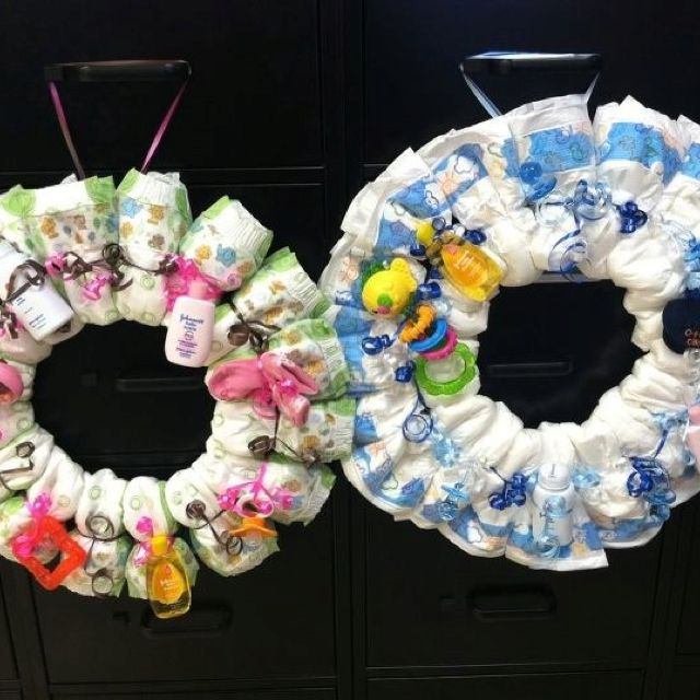 Wreath for twins