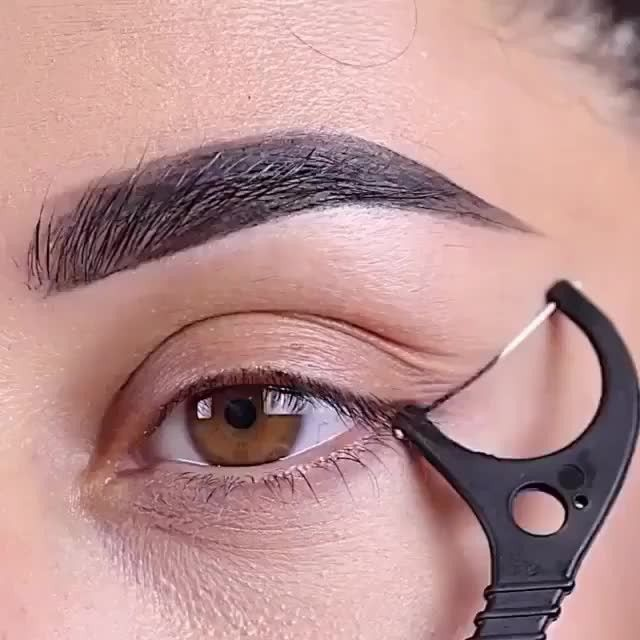 Photo of Eyeliner-Hack-Tag eines Freundes unter @ farahpromakeup⁠ .⁠ .⁠ .⁠ .⁠ ….