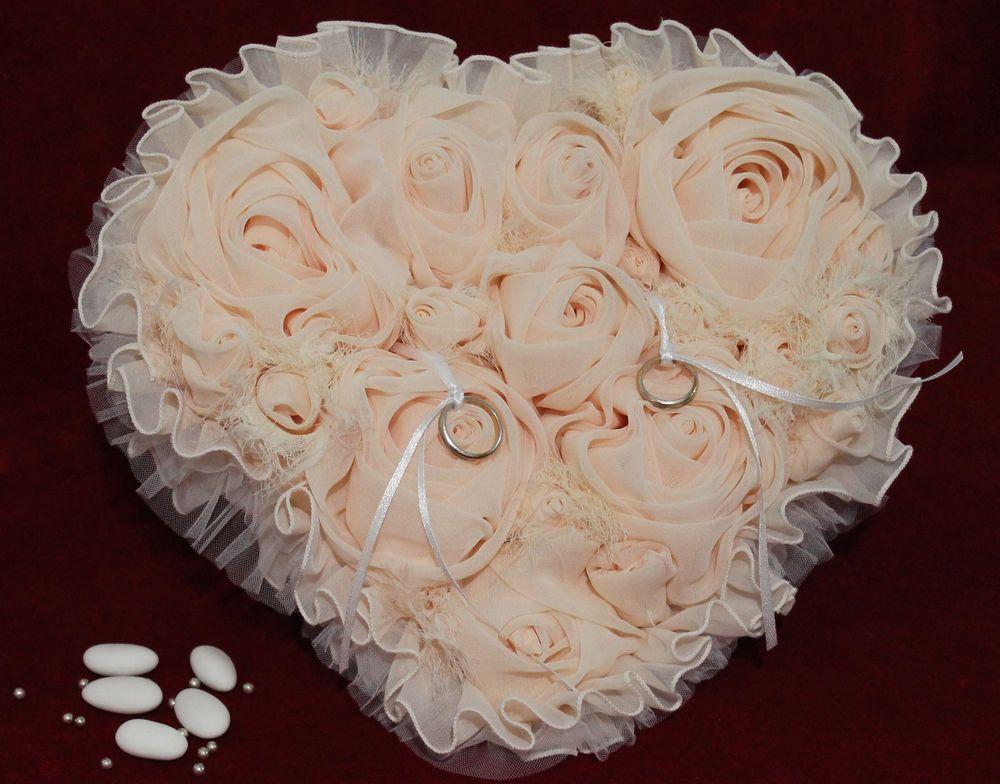 Cuscino Portafedi A Cuore.Cuscino Portafedi Cuore Con Rose In Chiffon Color Cipria Unico