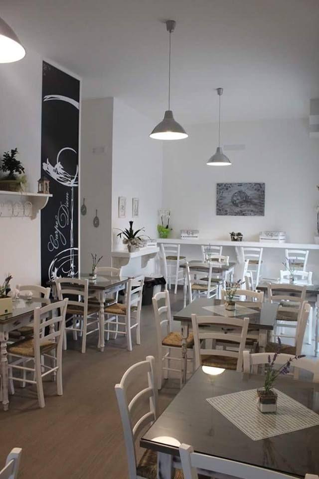 Tavoli E Sedie Ristorante Arredamento E Casalinghi.Sedie E Tavoli Pub Ristoranti Pizzerie Maieron Snc Www
