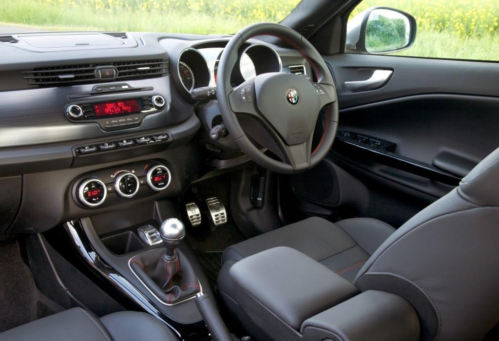 Alfa Romeo Giulietta Interior Alfa Romeo Giulietta