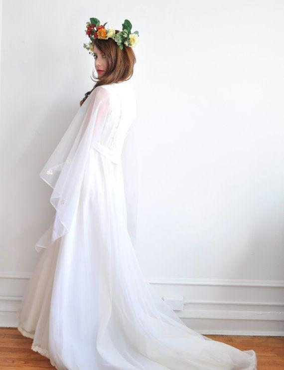 mariée de forêt de nymphe. fée dramatique manchon mariage par DOTTO, $88.00