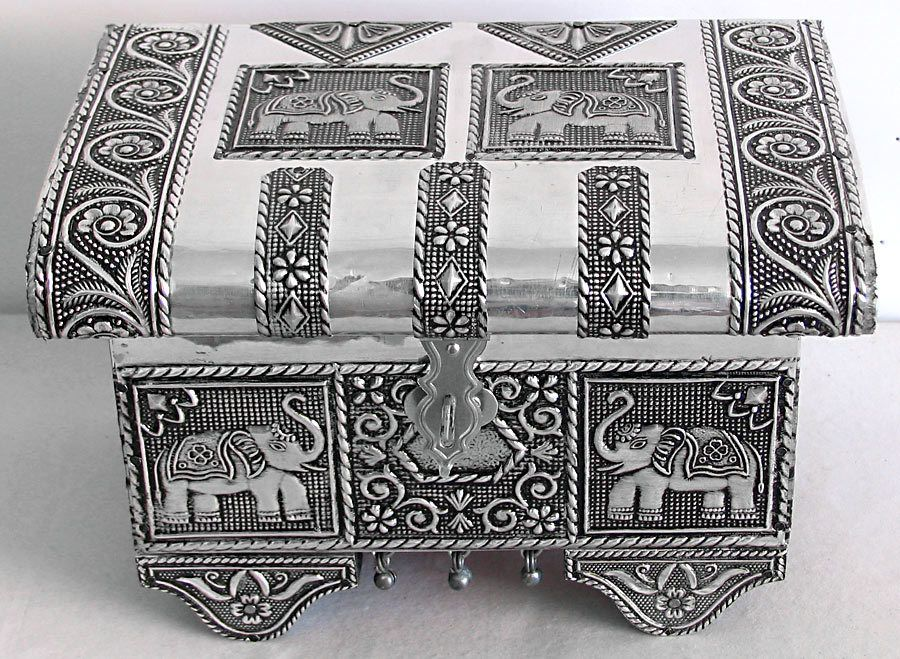 Metal Carving Jewelry Box with Velvet Lining White metal