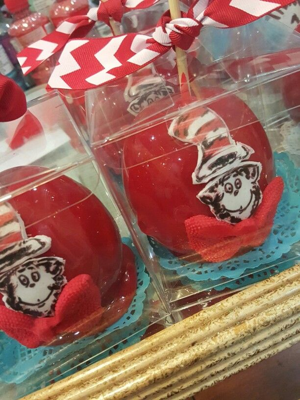 Cat in the hat candy apples @one_skinny_baker