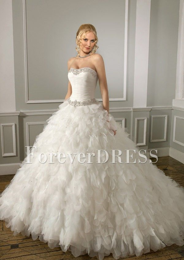wedding dress with poofy sparkly bottom - Google Search   Fave ...
